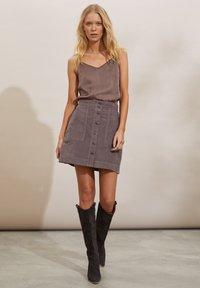 Odd Molly - HOLLY - Mini skirt - steel grey - 1