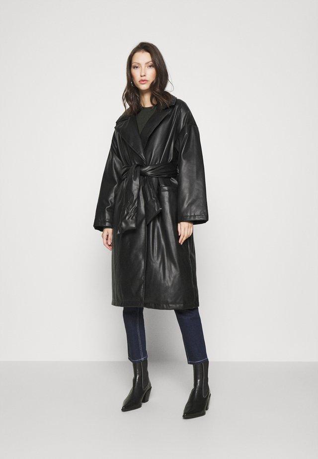 TIE COAT - Classic coat - black