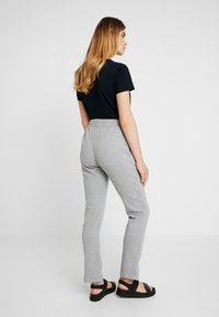 esmé studios - OLIVIA PANTS - Tracksuit bottoms - mottled light grey - 2