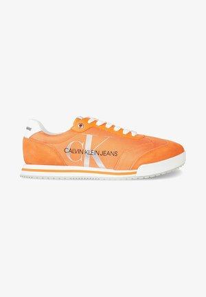 PROFILE  - Sneakers laag - orange