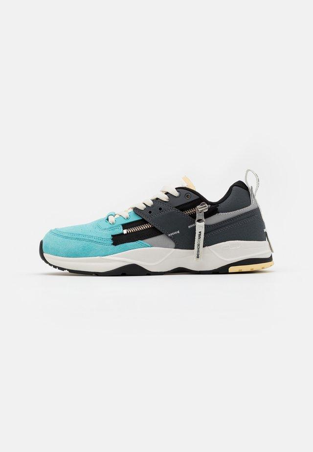E.TRIBEKA ZIP - Sneakersy niskie - aqua