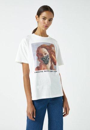 DIE GEBURT DER VENUS MIT MASKE - Print T-shirt - white