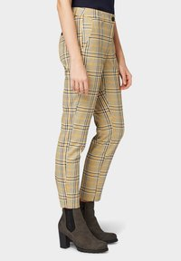 TOM TAILOR - MIA - Trousers - black yellow small check - 3