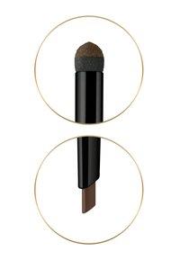 Max Factor - REAL BROW FILL & SHAPE PENCIL - Eyebrow pencil - medium brown - 2