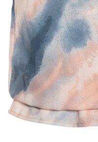 Grunt - AVIS TIE DYE - Top - light pink/blue - 2