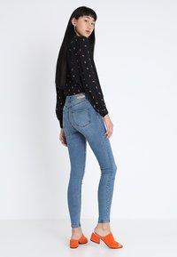 Lost Ink - Jeans Skinny - mid denim - 2