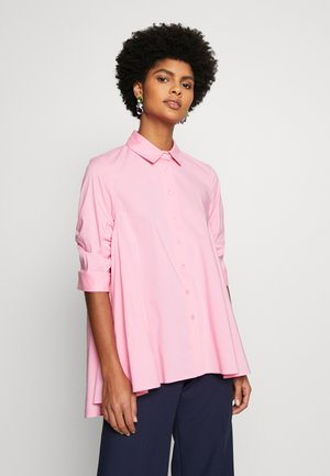 BENITA FASHIONABLE BLOUSE - Button-down blouse - funky berry