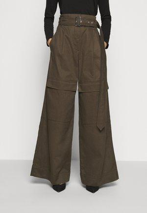 ORNATI - Široké džíny - braun