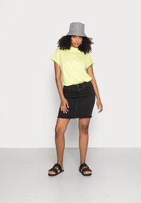 Pieces - PCAIA SKIRT  - Pencil skirt - black denim - 1