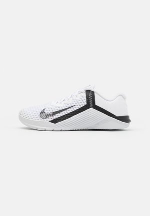 METCON 6 UNISEX - Sports shoes - white/black