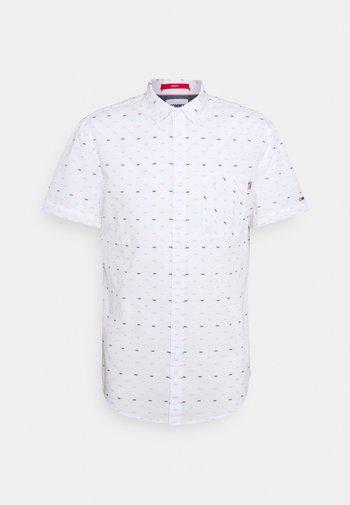 SHORT SLEEVE DOBBY  - Shirt - white