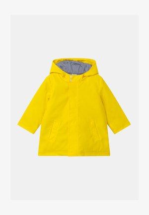 CIRE - Waterproof jacket - jaune