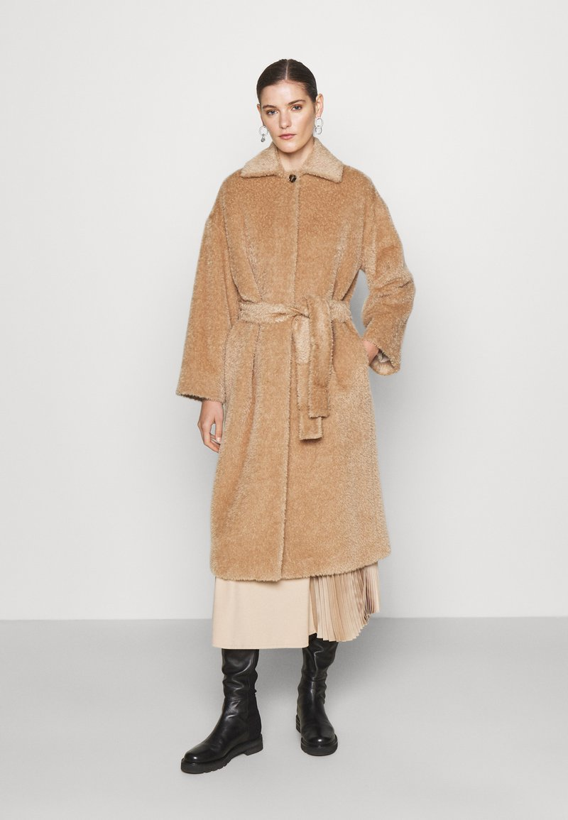 Marella - AGAIN - Classic coat - cammello