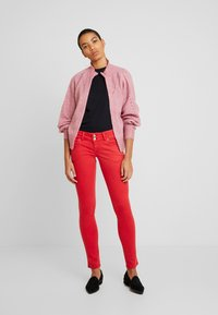 LTB - MOLLY - Jeans Skinny Fit - barbados cherry - 1