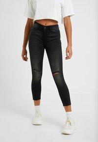 Noisy May Petite - NMLUCY  - Jeans Skinny Fit - black denim - 0