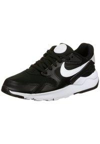 Nike Sportswear - LD VICTORY SNEAKER DAMEN - Sneakersy niskie - black / white - 2