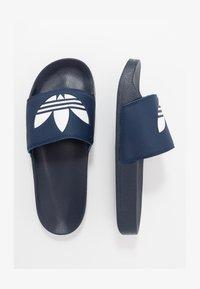 adidas Originals - ADILETTE LITE - Ciabattine - conavy/ftwwht/conavy - 1