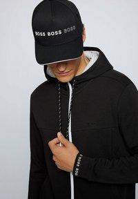 BOSS - SAGGY  - Zip-up sweatshirt - black - 3