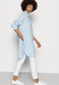 Marc O'Polo - Shirt dress - sunny sky - 4