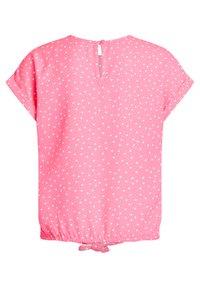 WE Fashion - MET KNOOPDETAIL - Blouse - pink - 4
