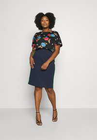 Simply Be - BUTTON DETAIL BOXY  - Bluser - multicolor - 1
