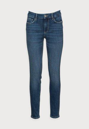 DIVINE - Jeans Skinny Fit - blue solution wash