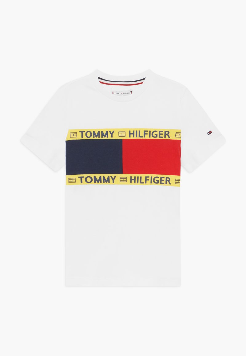 Tommy Hilfiger - FLAG - T-shirt z nadrukiem - white