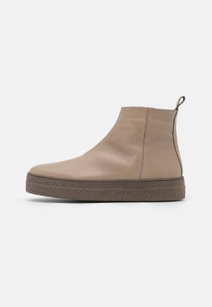 Ankle boots - mandorla