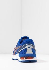 ASICS - GEL-SILEO - Obuwie do biegania treningowe - blue/peacoat - 3