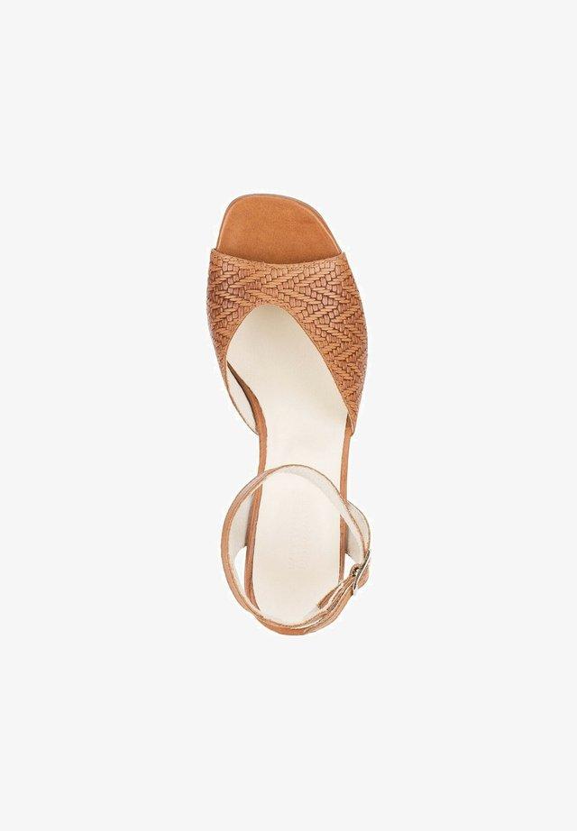 Sandalen met hoge hak - hellbraun