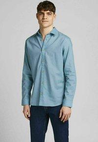 Jack & Jones PREMIUM - Formal shirt - dusk blue - 0