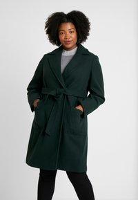 Dorothy Perkins Curve - PATCH POCKET WRAP - Frakker / klassisk frakker - green - 0