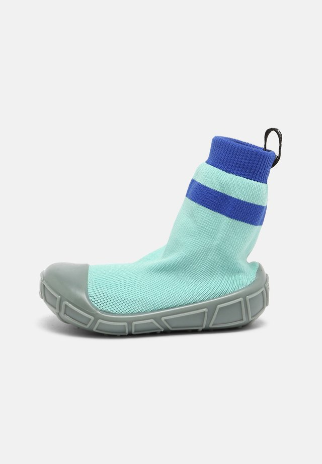 SOCKS IN A SHELL UNISEX - First shoes - aqua