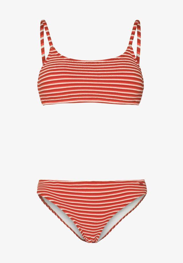 Bikini - clay