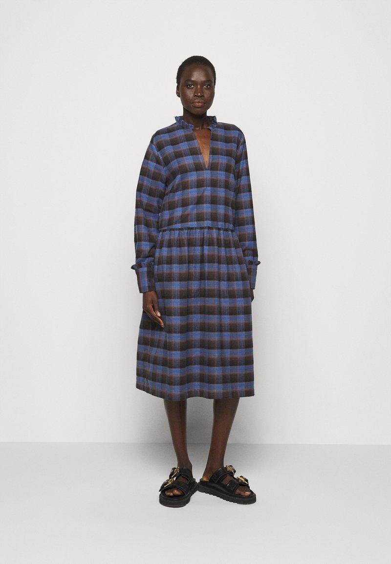 Libertine-Libertine - ALLEY DRESS - Denní šaty - royal blue check