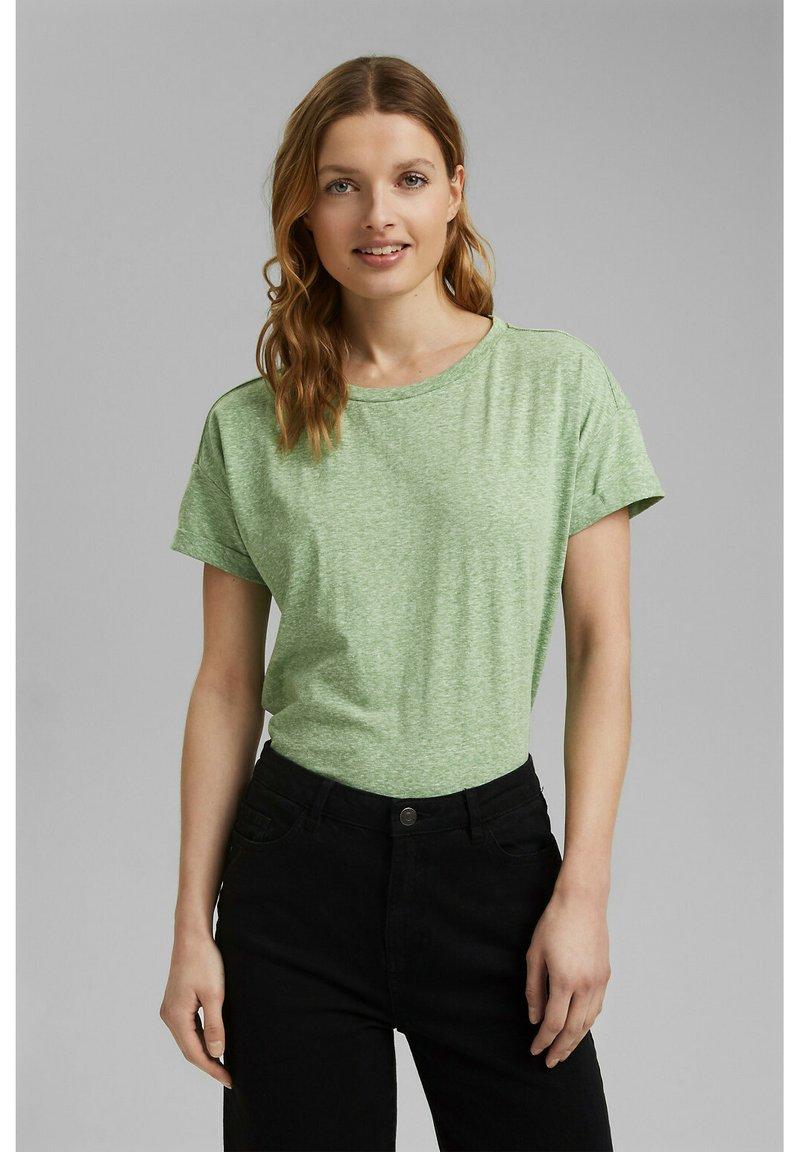 Esprit - PER COO CLOUDY - Basic T-shirt - leaf green