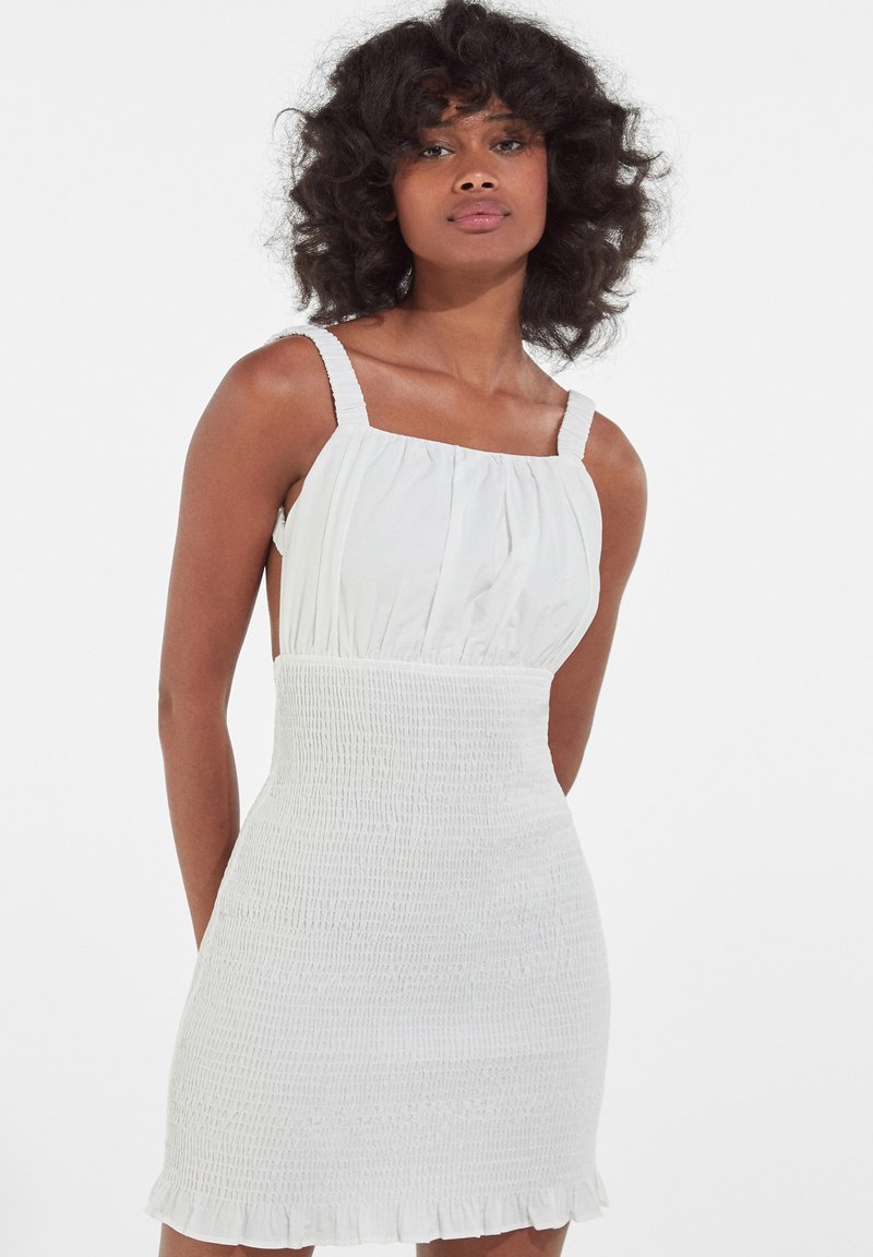 Bershka - Sukienka etui - white