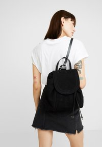 Even&Odd - LEATHER - Reppu - black - 1