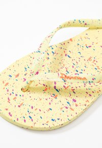 Ipanema - SPLASH - Pool shoes - yellow/orange - 2