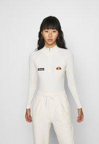 Ellesse - VIUMS - Langærmede T-shirts - off white - 0