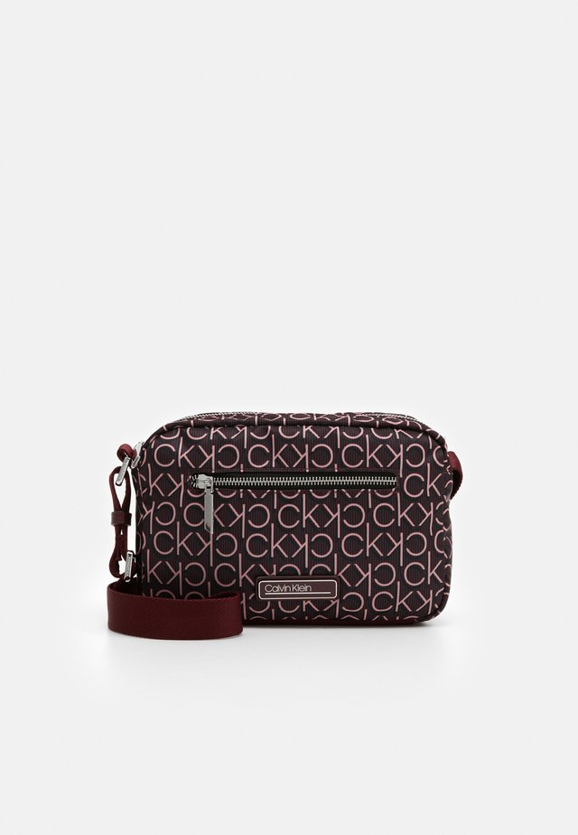 CROSSBODY - Bandolera - purple