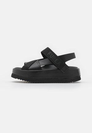 REAL FUSBET - Sandály na platformě - nero