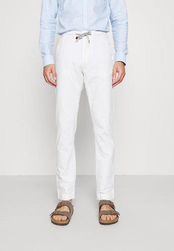 GALLEGOS - Pantaloni - white