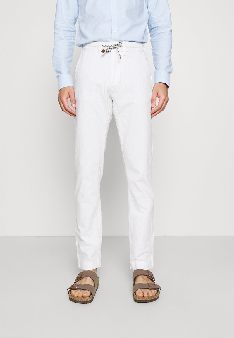 INDICODE JEANS - GALLEGOS - Trousers - white