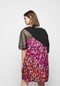 Just Cavalli - Denní šaty - fuxia variant - 2