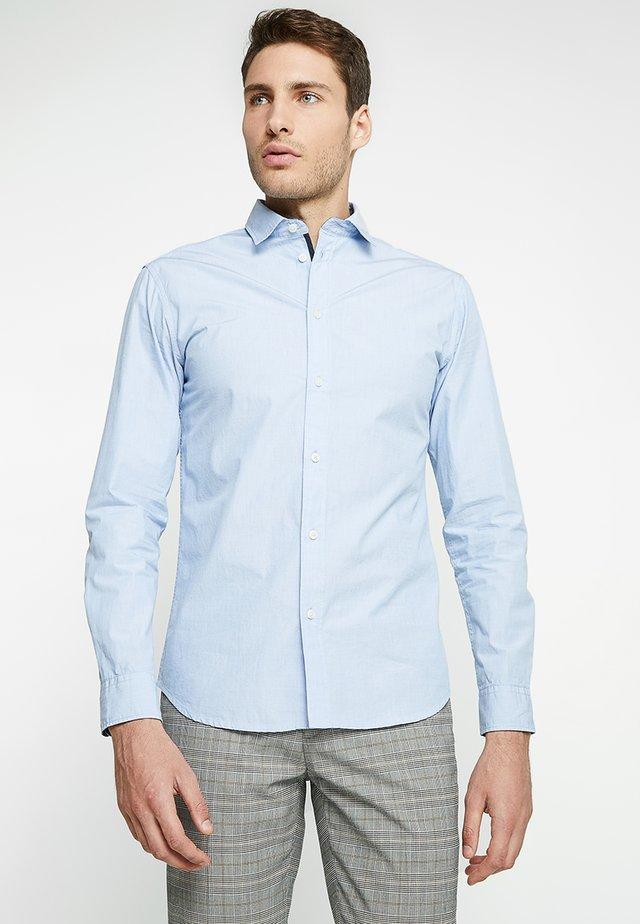 SLHSLIMMARK WASHED - Zakelijk overhemd - light blue
