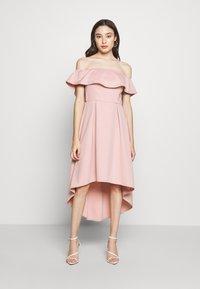 Chi Chi London Petite - WANDA DRESS - Sukienka koktajlowa - mink - 0