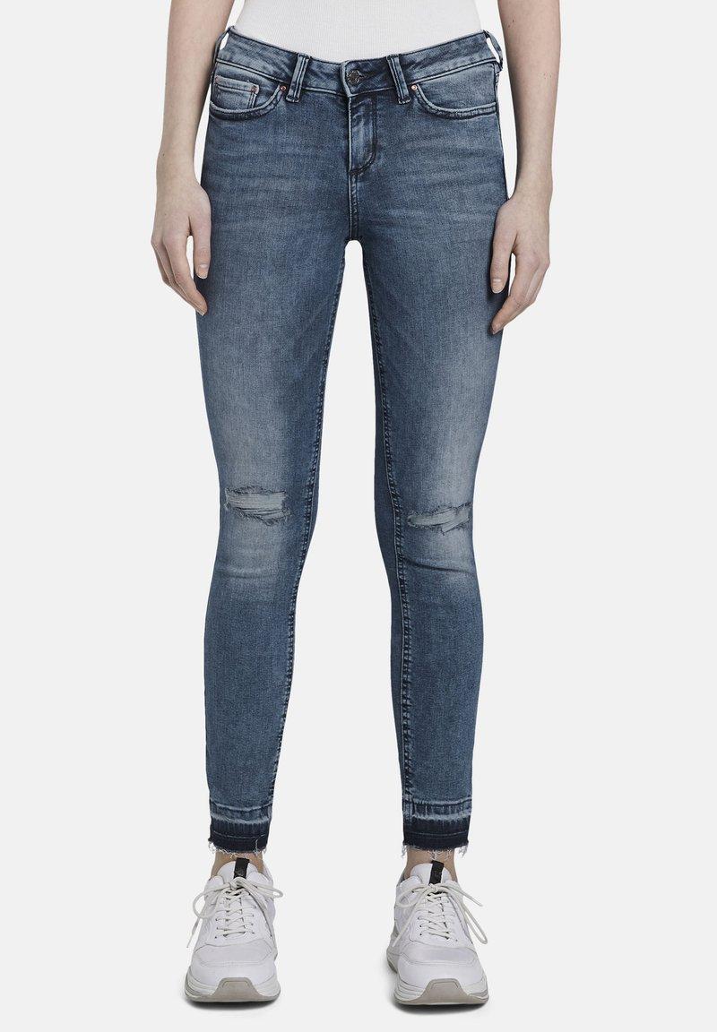 TOM TAILOR DENIM - MIT RISSEN - Jeans Skinny Fit - blue denim