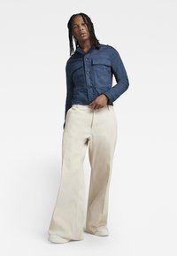 G-Star - GRIP 36 LOOSE - Flared Jeans - relz ecru denim o raw denim - 1