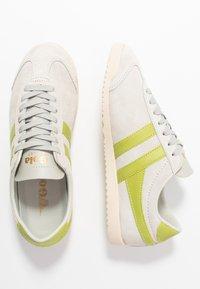 Gola - BULLET - Sneakersy niskie - off white/citron - 3